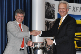 Loven Trucks is DAF Dealer van het Jaar 2012