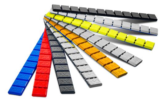 Explora: zes kleuren wielgewichten in een doosje