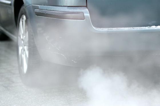 'CO2-uitstoot van auto's daalt nauwelijks