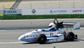 TU Delft wint Formula Student met hightech e-racer