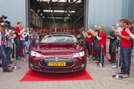 Tilburgse assemblage houdt Tesla betaalbaar