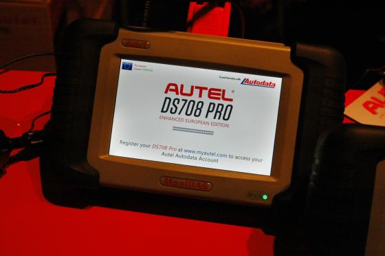 Rocar-Tech vertegenwoordigt Autel testapparatuur