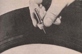 AMT Historisch archief: Goodyear met ingebouwde reserveband