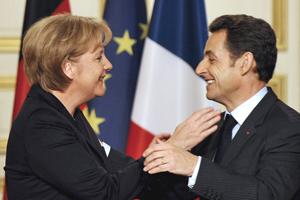 Sarkozy en Merkel laten auto-industrie niet vallen