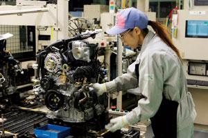 Mitsubishi en Mazda koersen af op verlies