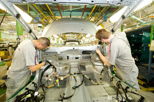 Frankrijk leent miljarden aan autosector