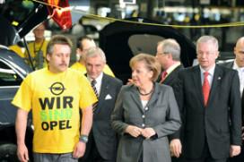 Merkel belooft hulp voor Opel