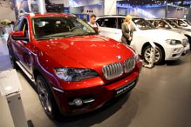 BMW boekt kleine winst