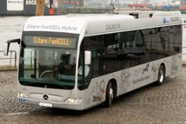 Nieuwe Mercedes brandstofcelbus helft zuiniger