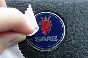 Zweedse Saab-dealers willen Spyker helpen
