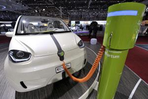 Milieuclubs: 'Alleen elektrische auto helpt milieu niet