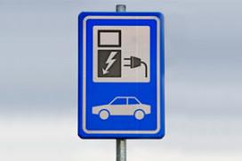 Minister steunt 'slim' elektrisch rijden