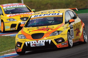 SunRed Racing Team prepareert WTCC-Seat van Tom Coronel (2008-11)