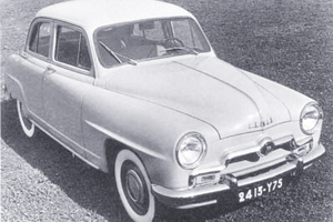 1951: Simca Aronde met moderne ponton-carrosserie (1951-6)