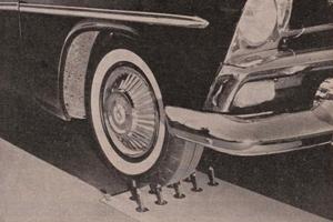 1956: Goodyear met ingebouwde reserveband (1956-9)