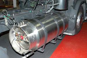 Rolande werkt aan trucks op vloeibaar aardgas (2008-6)