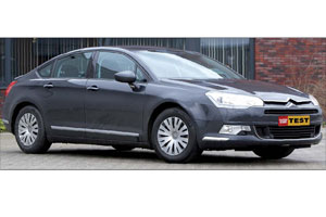 Test Citroën C5 2.0 HDiF Comfort (2008-4)