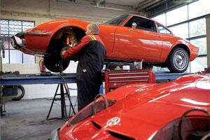 Garage Suselbeek houdt Opel GT in leven (2009-1)