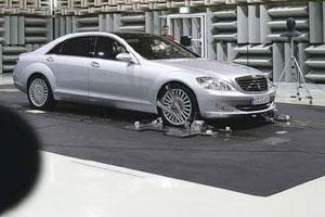 Aandacht voor geluid bij top-Benz (2005-09)