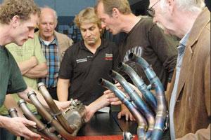 ATC Deventer-Zutphen bezoekt racetuner Hartelman (2010-7/8)