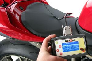Uitleesapparaat voor motorfietsen