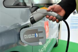EU wil vaart maken met elektrische auto