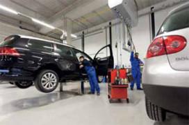 Van den Udenhout bouwt nieuw voor verkoop en service (2011-2)