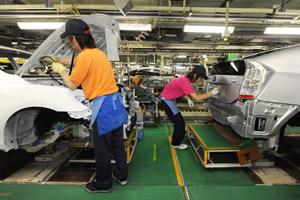 Toyota en Honda zien productie halveren