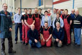Autobedrijf Gert Mulder levert topservice dankzij vrijwilligers (2011-3)