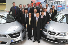 Pang Da houdt vast aan Saab-deal