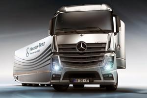 Zuinige Mercedes stroomlijntrailer-studie