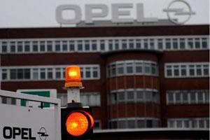 'GM wil weer snijden in Opel