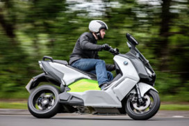BMW demonstreert C evolution elektroscooter