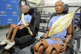 Waarom stopt Ford 'airbags' in veiligheidsgordels?