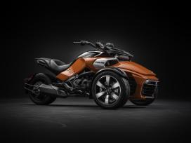 CanAm Spyder F3: driecilinder op drie wielen