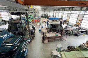 Scania Zwolle bouwt trucks voor alle toepassingen (2012-7/8)
