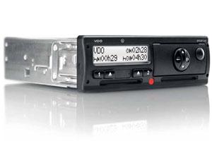 Twee snelheidssignalen maakt frauderen met tachograaf moeilijker (2012-9)