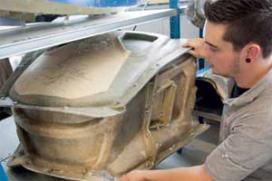 Tekort aan technisch personeel houdt Donkervoort op (2012-9)