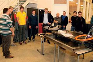 Teams overleggen en delen kennis op ESCBO-dag (2013-1)