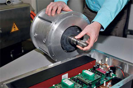 Inverto ontwikkelt magneetloze elektrische automotor (2013-3)
