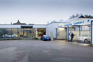 Trouwe klanten houden Garage Veenhuizen goed bezig (2013-3)