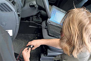 Car Lock Systems is gespecialiseerd in sloten en sleutels (2013-7/8)