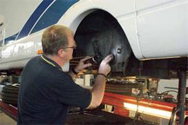 Toch APK voor motor en caravan? (2013-7/8)