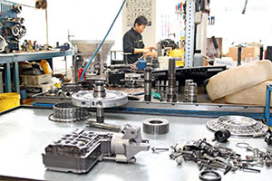 ATS Rijswijk gespecialiseerd in automaatbakken (2013-12)