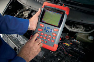 Meten aan auto-elektronica (4) (2006-2)
