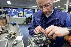 Diesel Büchli reviseert én repareert bij benzine en diesel (2011-12)