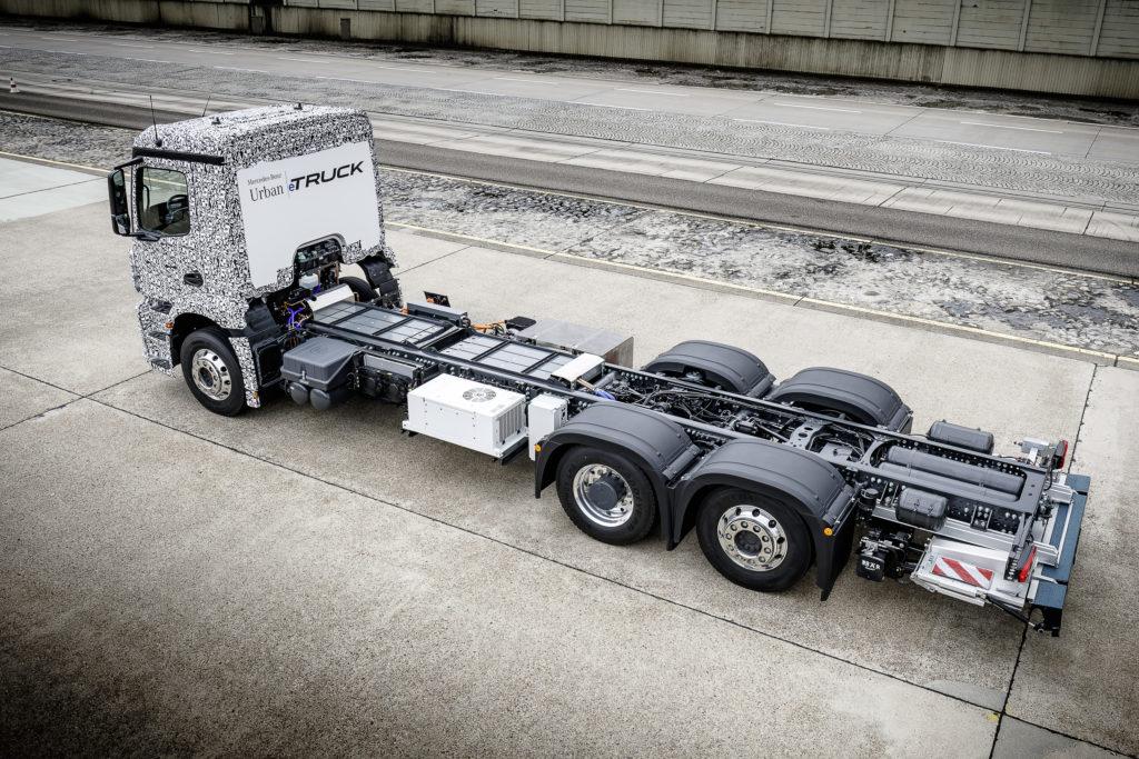 Net onthuld, een elektrische Mercedes 20-tons distributietruck die als prototype op de IAA in Hannover zal staan. Met de bedoeling vanaf 2020 productie te starten, zegt Mercedes nu al.