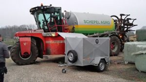 Van Porsche tot landbouwmachine Ludema Allround Service doet zo'n 15 airco's in de week, in de werk- plaats of op locatie.