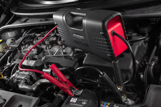Facom accubooster start elke auto zonder opladen