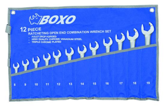Serenco: Boxo steekratel- en ringratelsleutels - € 89. Omdat zowel in de motorruimte als onder het dashboard steeds minder vrije ruimte is zijn ratelsleutels een uitkomst, waarmee je toch vlot kunt werken. Als voorbeeld een 12-delige set ratel-steeksleutels, gecombineerd met ring, maten 8 – 19. Artikel WR1790-12B.